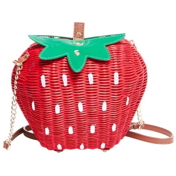 Dolly Pocket Purse Strawberry